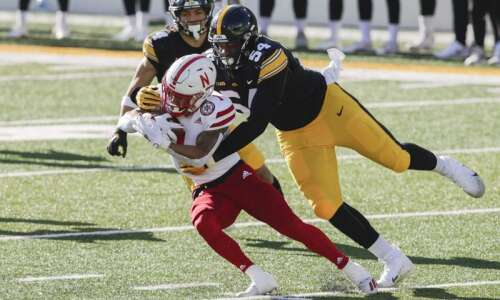 Iowa football pro day 2021: With no NFL Combine, Hawkeyes'…