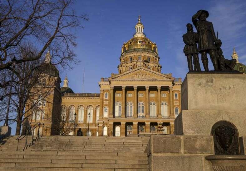 Bipartisan bills getting overlooked in Iowa