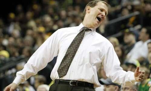 Iowa vs. Oregon NCAA men's basketball tournament glance: Time, TV,…