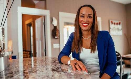 Community leader Amara Andrews to run for Cedar Rapids mayor