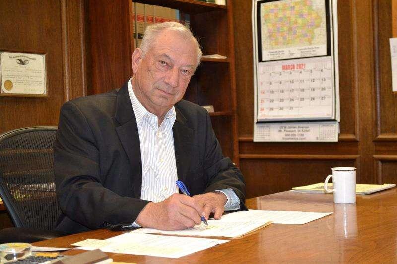 Fairfield attorney David Miller retires