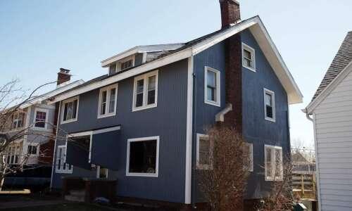 Magnet for danger, Cedar Rapids house alarms neighbors