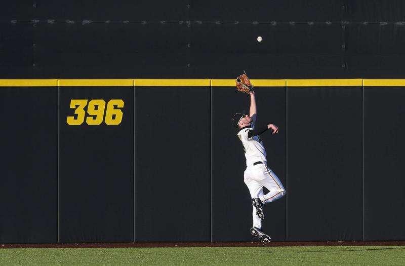 Photos: Iowa baseball vs. Nebraska